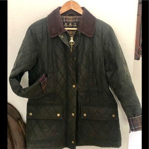 Barbour Beadnell Polarquilt Waxed Green Jacket